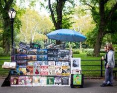 Souvenir cart, Central Park, September 2017.