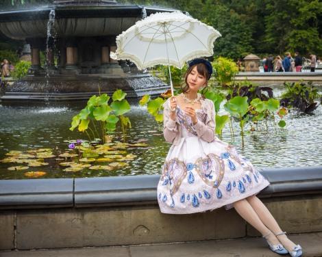 Girl posing in Central Park, September 2017.