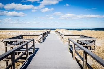 Beach walkway, Ipswich, Mass., March 2019