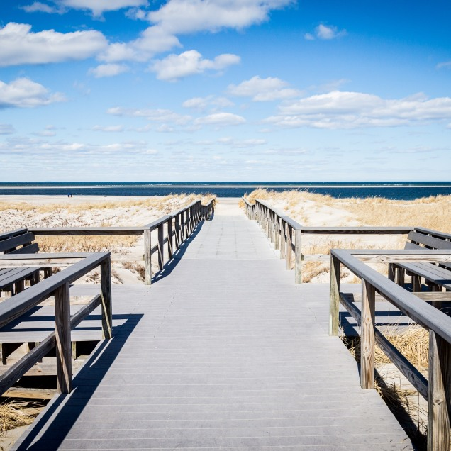Beach walkway, Ipswich, Mass., March 2019